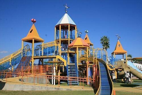 関西の1日遊べる無料・格安スポット10選 公園&遊園地&牧場も