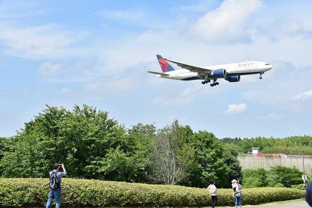 【関東】飛行機が間近で見られる公園10選 遊具充実のスポットも