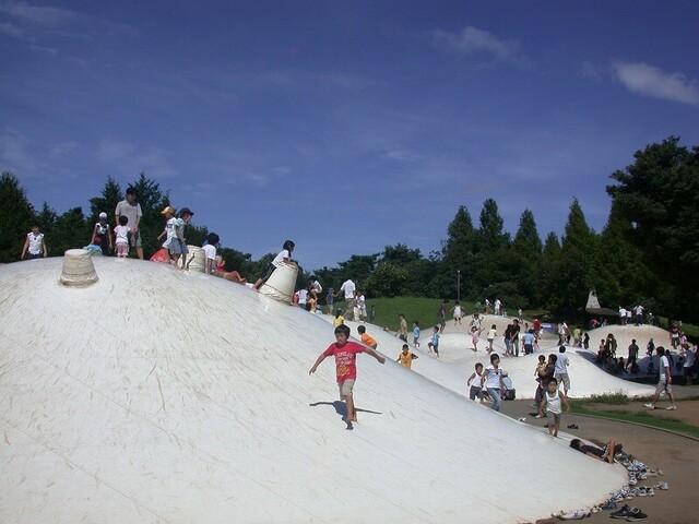東京都内の1日遊べる「駅近公園」12選 大型遊具&幼児向け多数