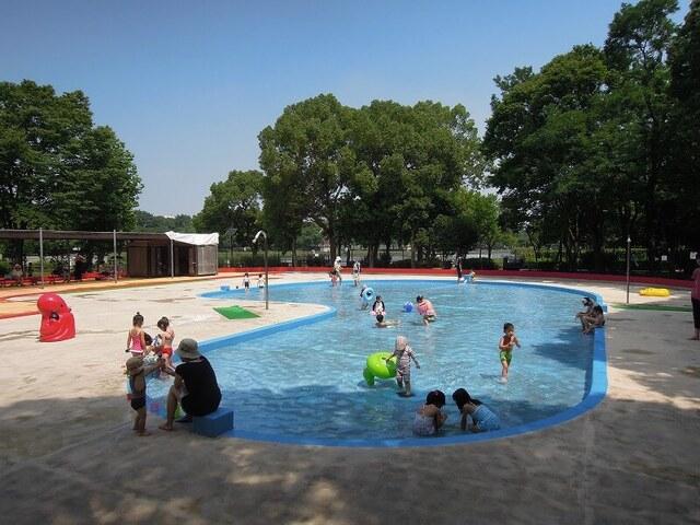 【北区】じゃぶじゃぶ池&水遊び場があるおすすめ公園13選