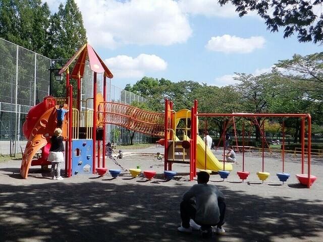 板橋区の1日遊べるおすすめ公園7選 大型遊具&ボート&乗り物も