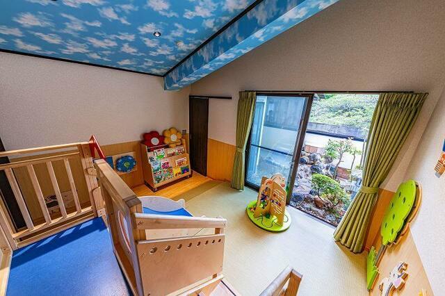 箱根の人気温泉宿が夏休み中は子供宿泊無料 露天風呂付き客室も