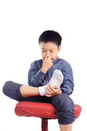 洗っても足が臭い病気