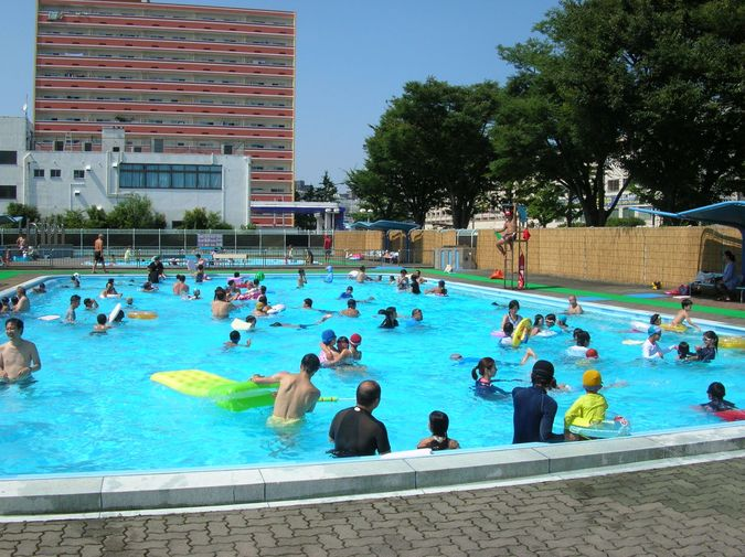 横浜市森町公園プール | 子供と...