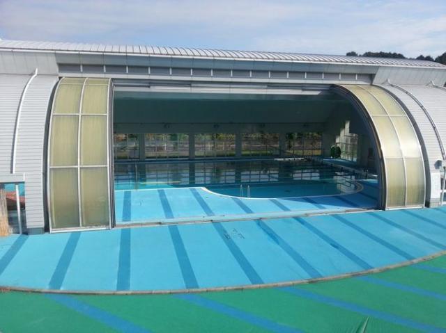 津山市久米総合文化運動公園 市民プールレインボー