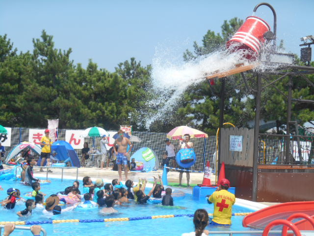 明石海浜公園(屋外プール)