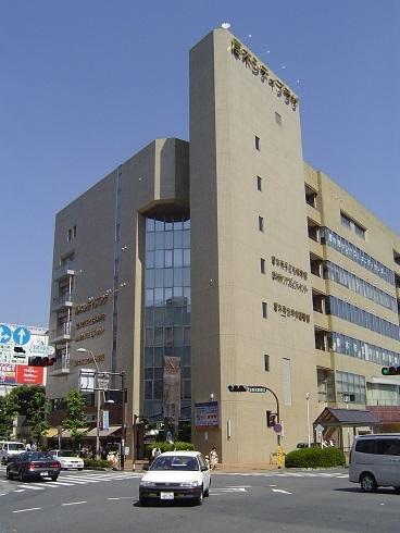 中央図書館(厚木市)
