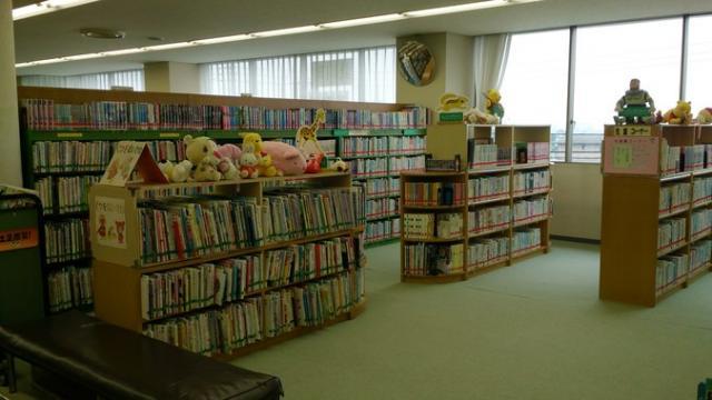 愛川町図書館