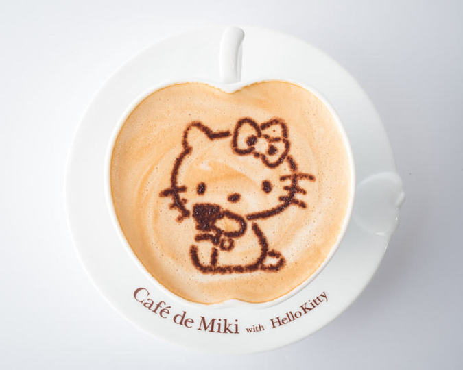 Cafe de Miki with Hello Kitty(カフェデミキウィズハローキティ)ダイバーシティ店