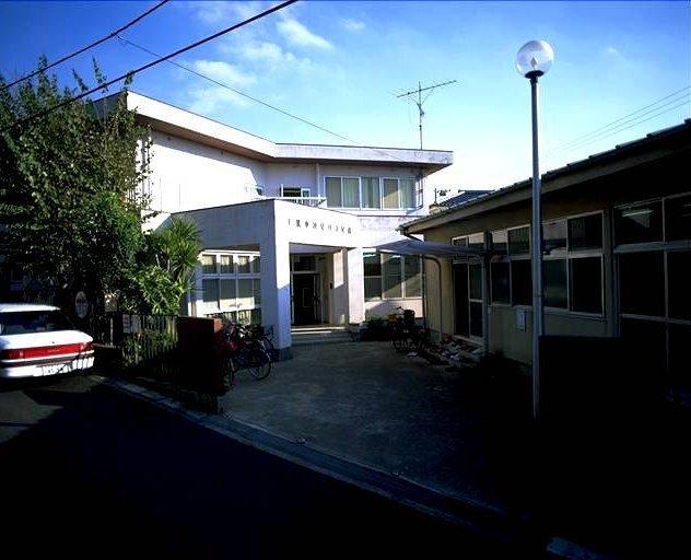 千葉市検見川公民館図書室
