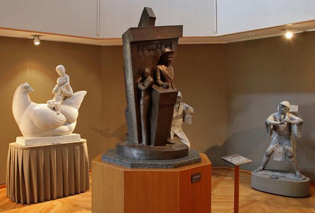 文教の杜ながい長沼孝三彫塑館