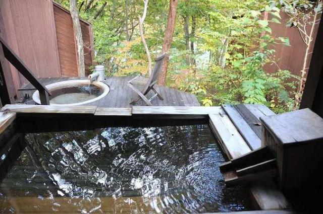 鬼怒川温泉 自然浴 離れの湯 あけび