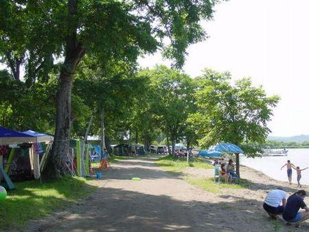 女満別湖畔公園キャンプ場・野営場
