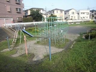 片町精進場けやき公園