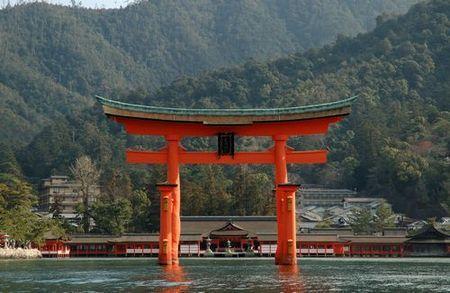 嚴島神社(厳島神社)
