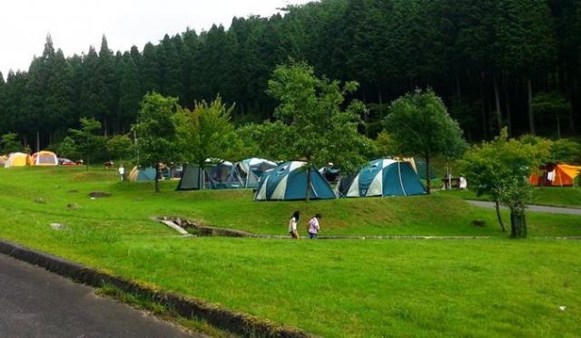 フォレストステーション波賀 東山オートキャンプ場