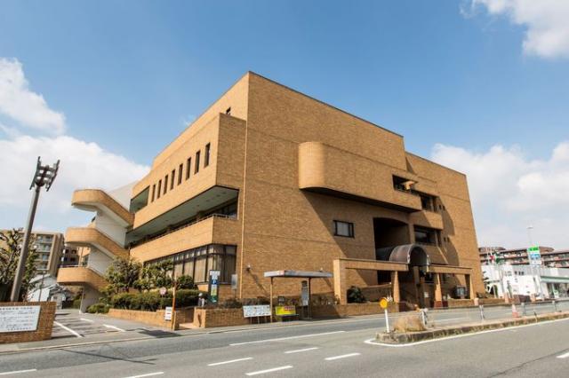 生駒市図書会館