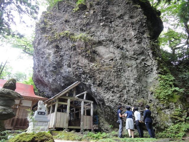 大矢谷白山神社