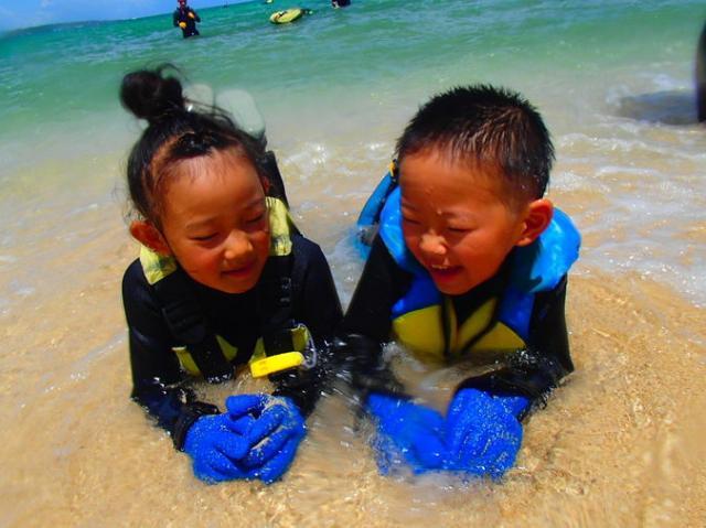 沖縄青の洞窟エキスパート公式認証店 シュノーケリング&ダイビングショップ ナチュラルブルー