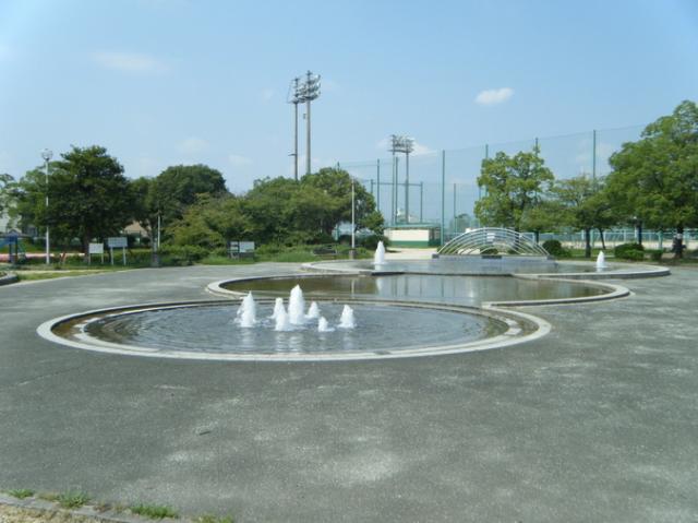 中の池公園・運動広場