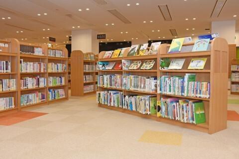 みよし市立中央図書館