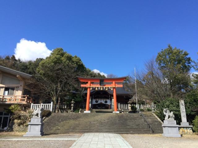 藤島神社(贈正一位新田義貞公之大宮)