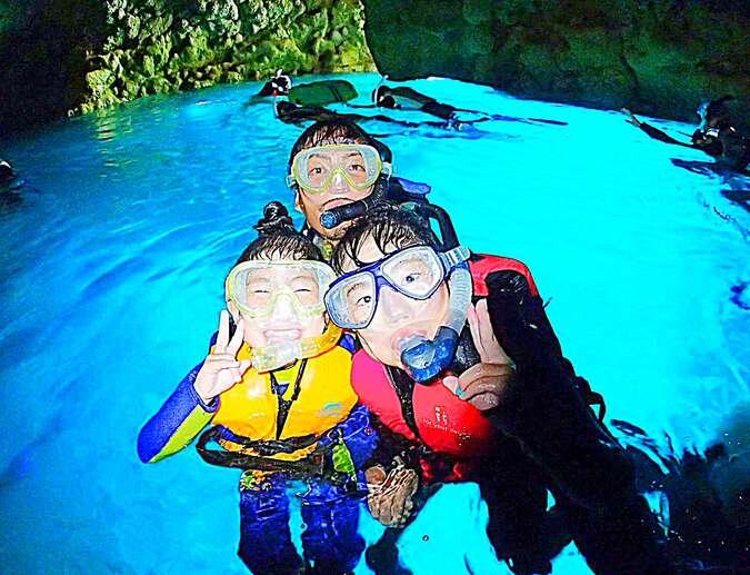 カヤック&青の洞窟熱帯魚シュノーケル 沖縄アンダゴ