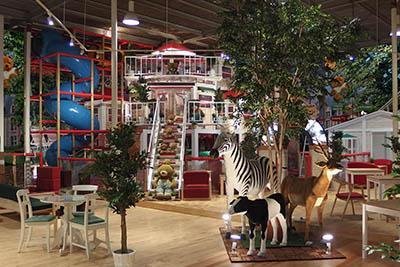 Picnic Cafe・WANGAN Zoo Adventure(ピクニック カフェ ワンガン ズー アドベンチャー)