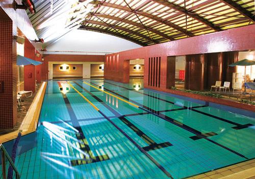 ニューサンピア姫路ゆめさき 室内温水プール