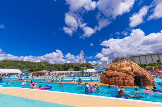日本モンキーパーク「水の楽園 モンプル」