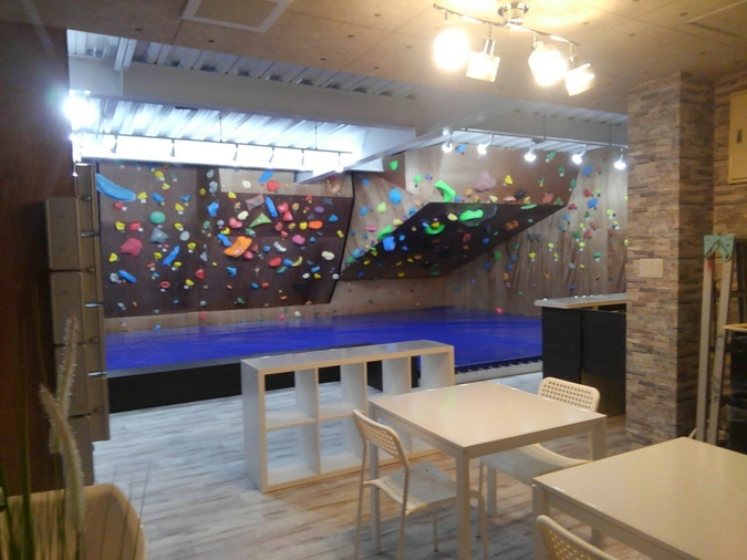 ロッククライミングジムZEN 百合ヶ丘店