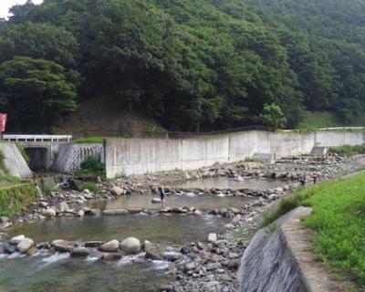 能勢 川遊び