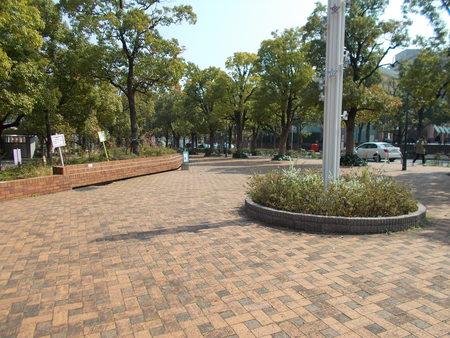 「アメリカ橋公園(東京都渋谷区恵比寿4-20-55)」の画像検索結果